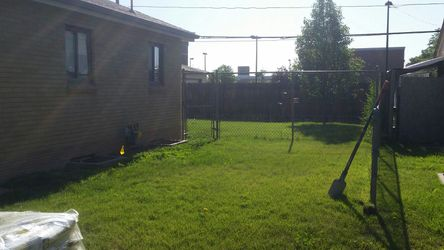 75 ft of chain link w gate and top rail no posts Thumbnail