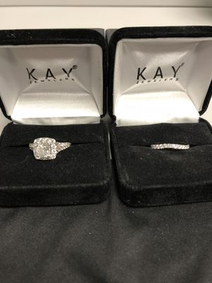 Neil Lane Engagement Ring set 2-1/6 Ring and 3/8 wedding band for Sale in Apex, NC