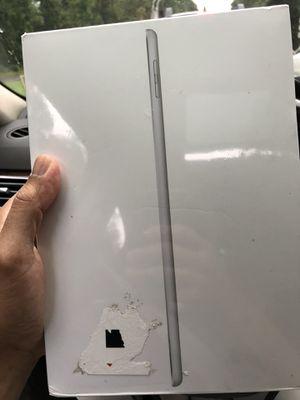 32gb brand new 9.7 iPad for Sale in Fairfax Station, VA