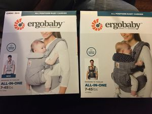 Photo Ergobaby baby carrier