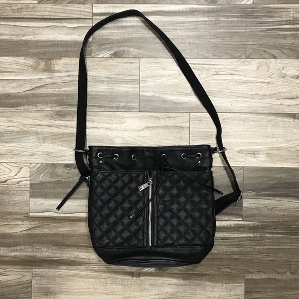 5315a4e9ac5 Steve Madden Convertible Purse in Black NWOT for Sale in Burbank ...