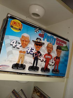 4 Gen. Petty Bobbleheads for Sale in Greenacres, FL