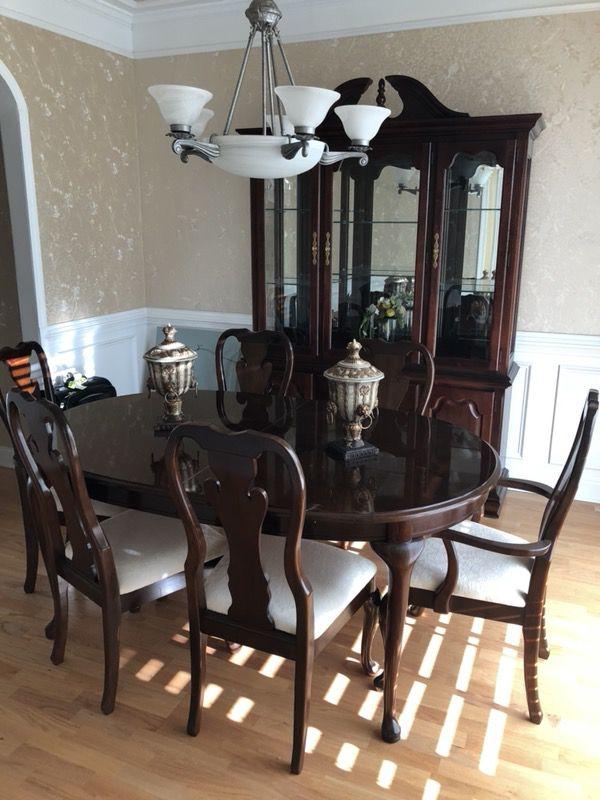 Thomasville Cherry dining room dining set
