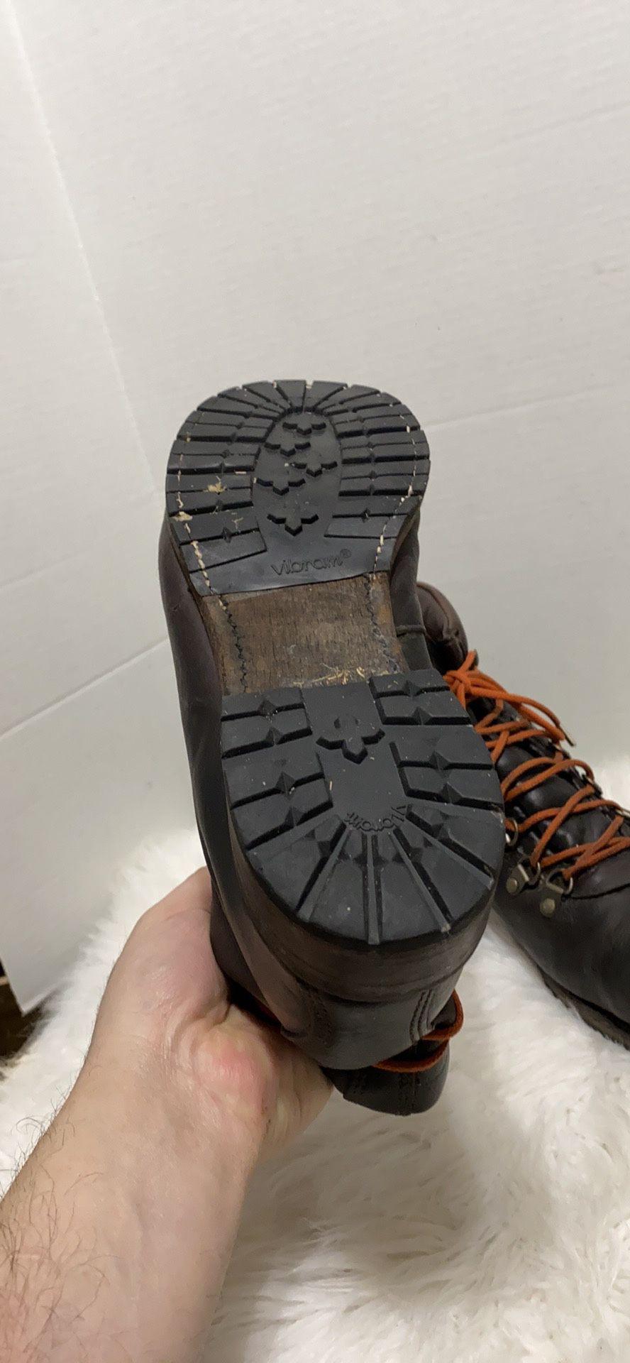 VINTAGE SHOE COMPANY men Boots size 12 USA made