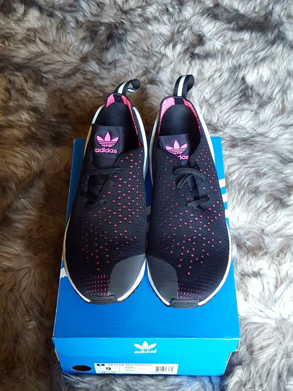 new arrivals e622e 1dc8b Adidas Zx Flux Racer womens 11 for Sale in Milwaukee, WI - OfferUp