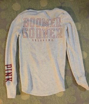 PINK Victoria's Secret NCAA Oklahoma Sooner Women's Longsleeve Shirt Size S/P - price reduced to $5.00! for Sale in Las Vegas, NV