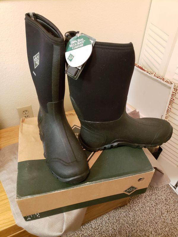 quality design running shoes 100% genuine Great condition Muck Boots for sale. for Sale in Denver, CO ...