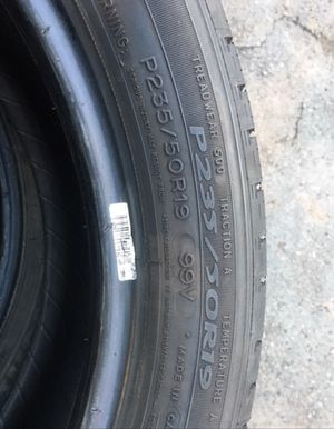 4 set off used tire 235/50/r19 all is $150 for Sale in Leesburg, VA