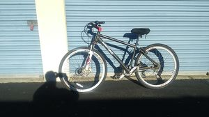 Triax Shimano 21 speed mountain bike for Sale in Memphis, TN