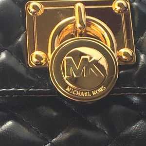 14a8fcab8243 MICHAEL KORS Mini Chain Hip Belt Bag for Sale in San Lorenzo, CA - OfferUp