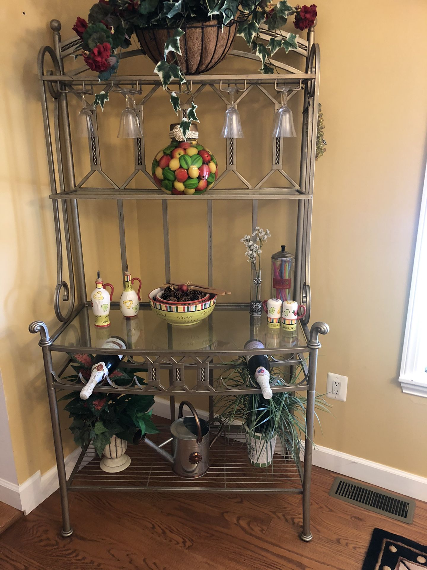 Kitchen table, bakers rack and side table
