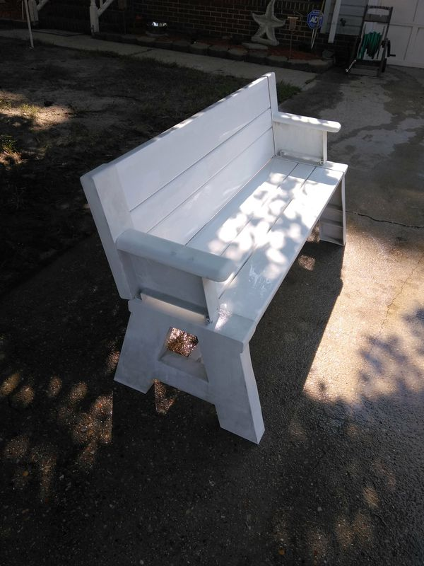 Flip Top Bench Table With Arms For Sale In Norfolk Va Offerup