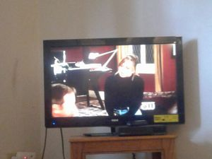 42in rca flat screen for Sale in Cleveland, OH