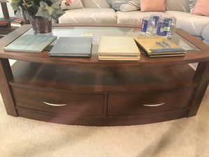 Coffee & end table for Sale in Pittsburgh, PA