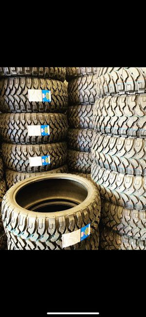 Photo 285 70 17 MONKEY WHEELS AND TIRES