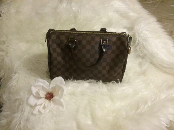 43ba86cb4c865 Louis Vuitton Brown Checker Damier Medium Handbag! for Sale in ...