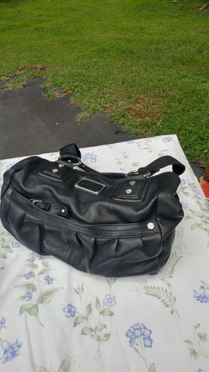 MICHAEL KORS MONOGRAM DOCTOR SATCHEL GENTLY USED IGNORE THIS POST LOOK AT NEW ONE for Sale in Fork Union, VA