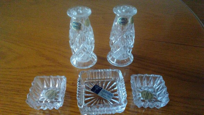 PRICE DROP: Crystal shakers w jewelry dishes