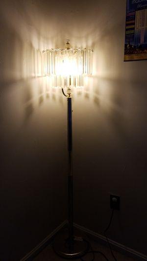 Beautiful corner lamp for Sale in Springfield, VA