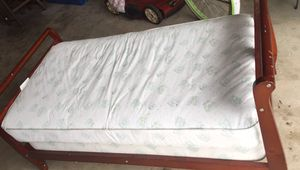 Free Toddler Bed for Sale in Oxon Hill, MD