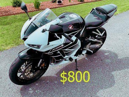 Photo 8OOFor Sale 2015 Honda CBR 600RR