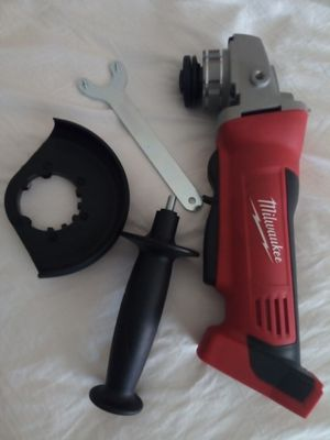 Photo Milwaukee M18 cordless grinder tool only