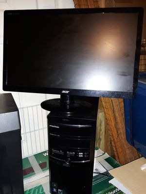 Computer and monitor for Sale in Martinsburg, WV