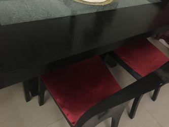 Juego de comedor 4 sillas 🪑 y el espejo Thumbnail