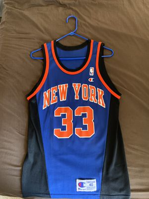 wholesale dealer 06535 d9ef0 Throwback knicks Jersey for Sale in San Jose, CA - OfferUp