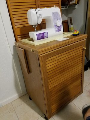 Brother Sewing Machine and Cabinet for Sale in Orlando, FL