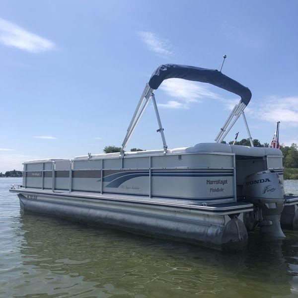 Harris super sunliner 240 pontoon boat
