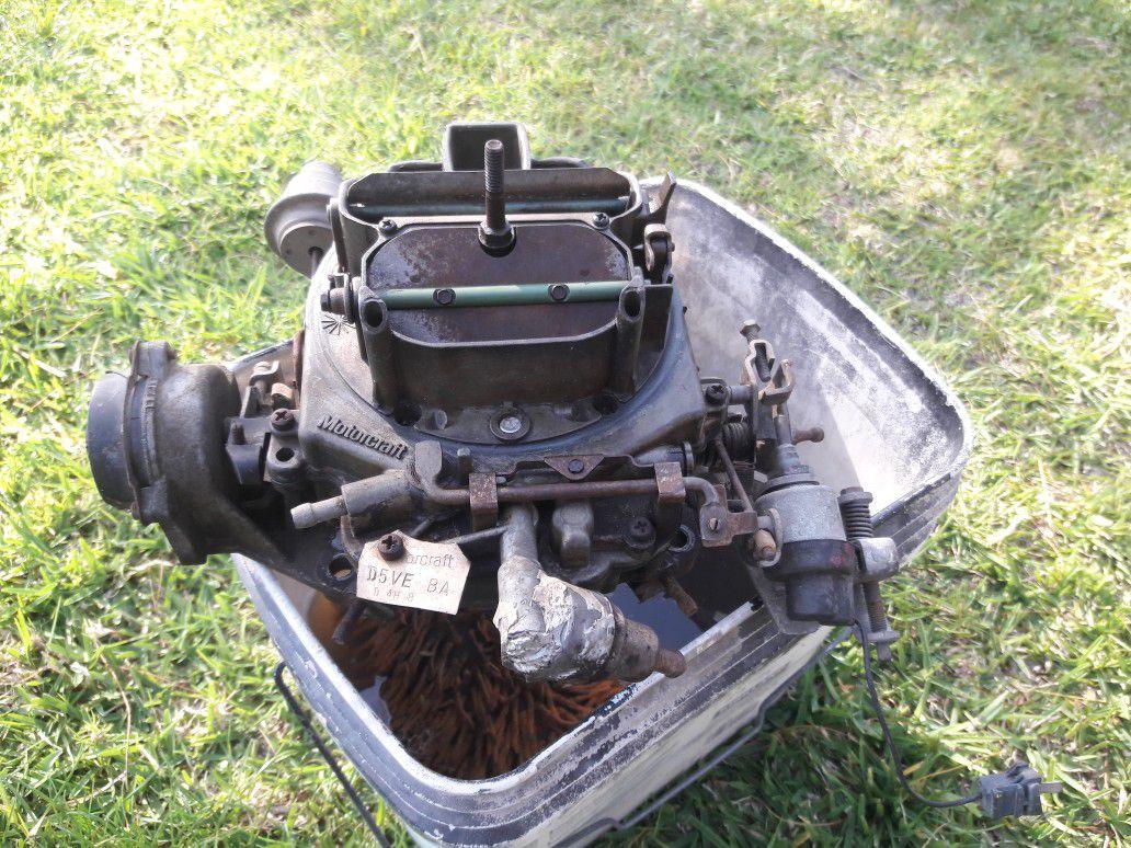 1971 Ford Thunderbird Motorcraft 4-barrel carburetor I have a 429 engine