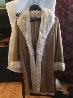 Beige women wilsons coat for Sale in Derwood, MD