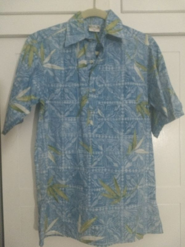 3bcbd095 Hawaiian Shirt Pullover by Go Barefoot XS for Sale in Laguna Hills, CA -  OfferUp