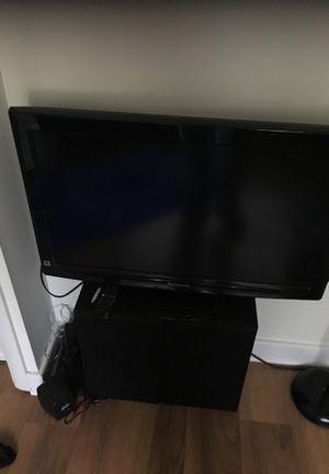 Panasonic tv with speakers for Sale in Alexandria, VA