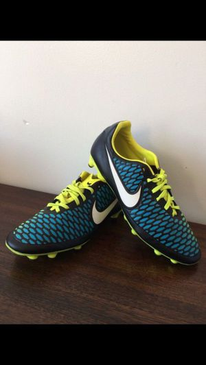 Nike Soccer Shoes Size 7 Junior for Sale in Severn, MD