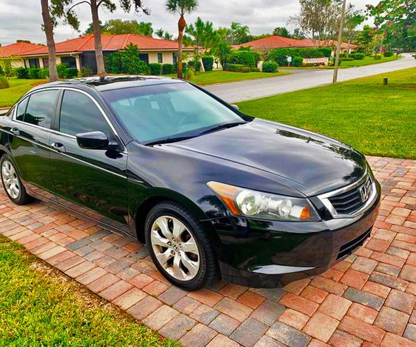 Beautiful 2009 Honda Accord FWDWheels For Sale In Bellevue