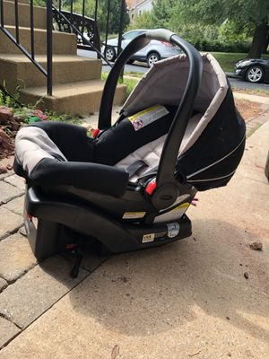 Graco snugride 35 car seat for Sale in Ashburn, VA