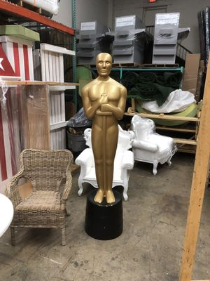 Oscar Statue Replica for Sale in Gaithersburg, MD