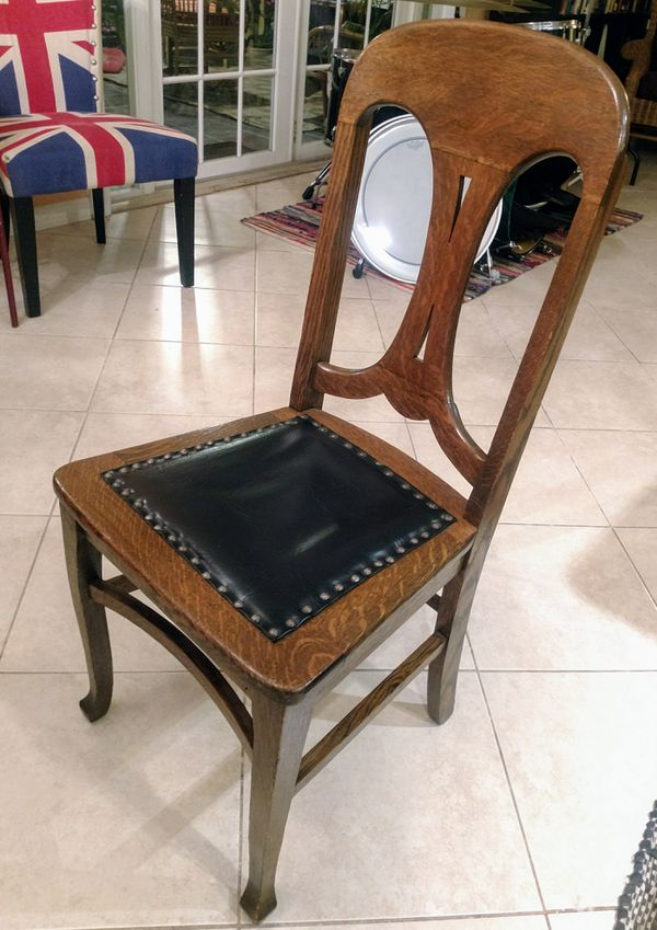 Miraculous 3 Quarter Sawn Tiger Oak And Leather Studded Dining Chairs Short Links Chair Design For Home Short Linksinfo
