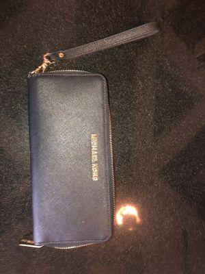 d40722ca3e1e Michael Kors Wristlet wallet for Sale in Elizabeth