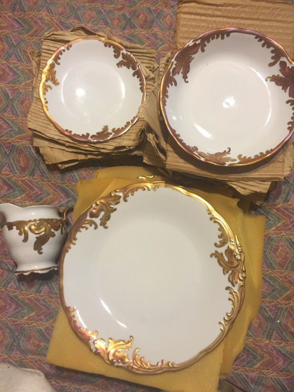 Vintage Wawel Made In Poland Set Of 27 Plates And A