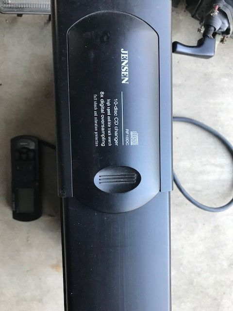 JENSEN 10 DISC CD CHANGER WITH 8X OVERSAMPLING with REMOTE CONTROL