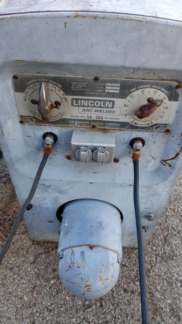 Lincoln sa200 red face pipeline welder for Sale in Nashville, TN - OfferUp