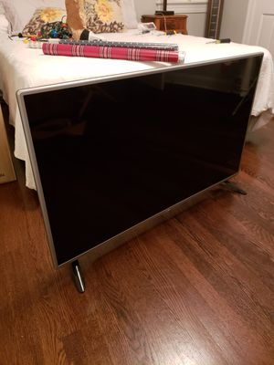 "LG FULL HD 1080p 47"" for Sale in Washington, DC"