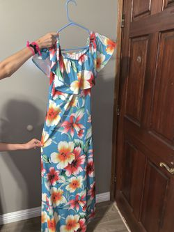 Women's clothes for Sale New and used! Thumbnail