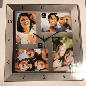Metal photo clock - 4 pics for Sale in Silver Spring, MD