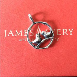 Photo James Avery retired lovebird pendant like new in box