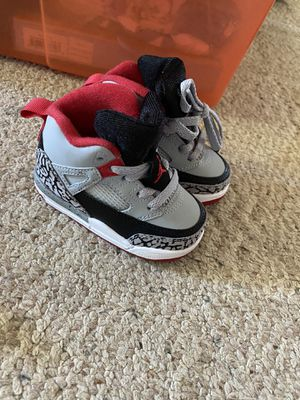 Photo Size 4 toddler jordan shoes