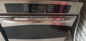 Photo GE Profile stainless steel single wall oven
